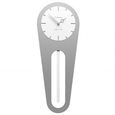 Sally Aluminium, reloj que emula el estilo clásico con péndulo