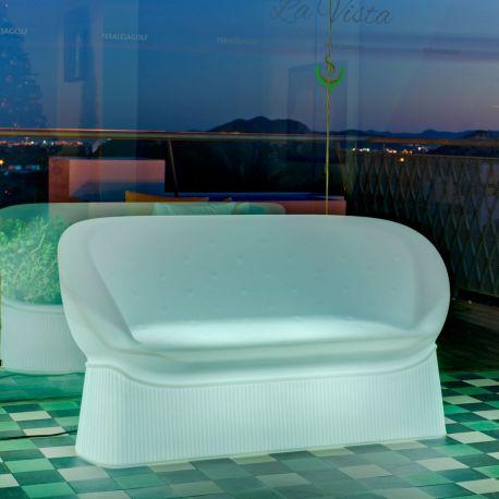 Menorca de New Garden, sofá para exterior en plástico
