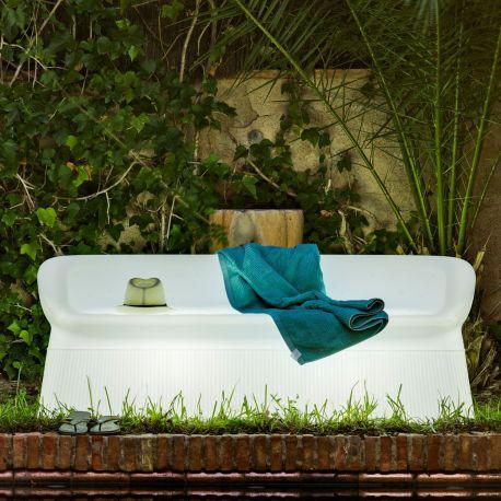 Menorca de New Garden, banco para exterior en plástico