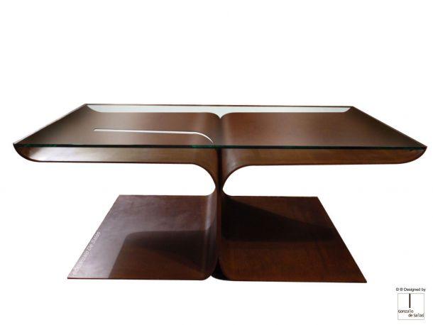 Mesa de centro Loto. Gonzalo de Salas. En acero corten, medidas 120x70x40 cm.
