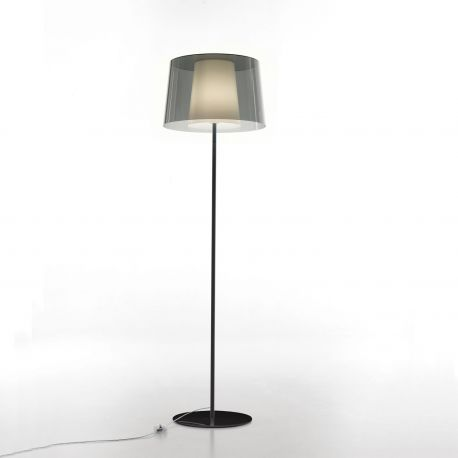 Lámpara de pie Pedrali L001ST con pantalla exterior fumé